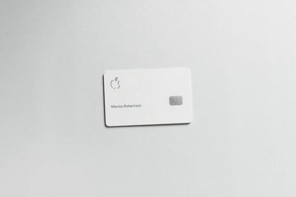apple-card-physical-100791828-large.jpg